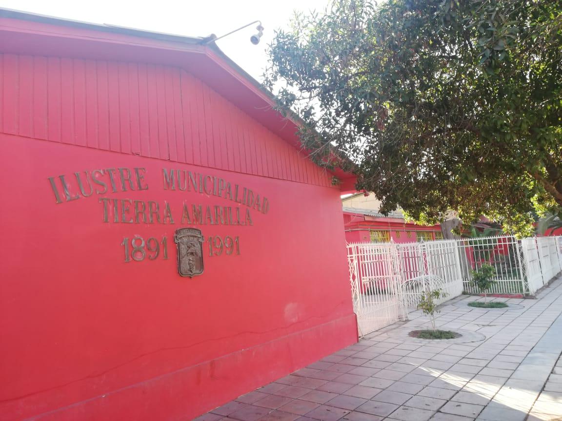 Municipio de Tierra Amarilla recibe aporte por mejoramiento en la gestión